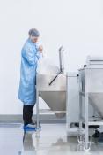 Edelstahlbehälter für Rohstoffe in der Fertigung